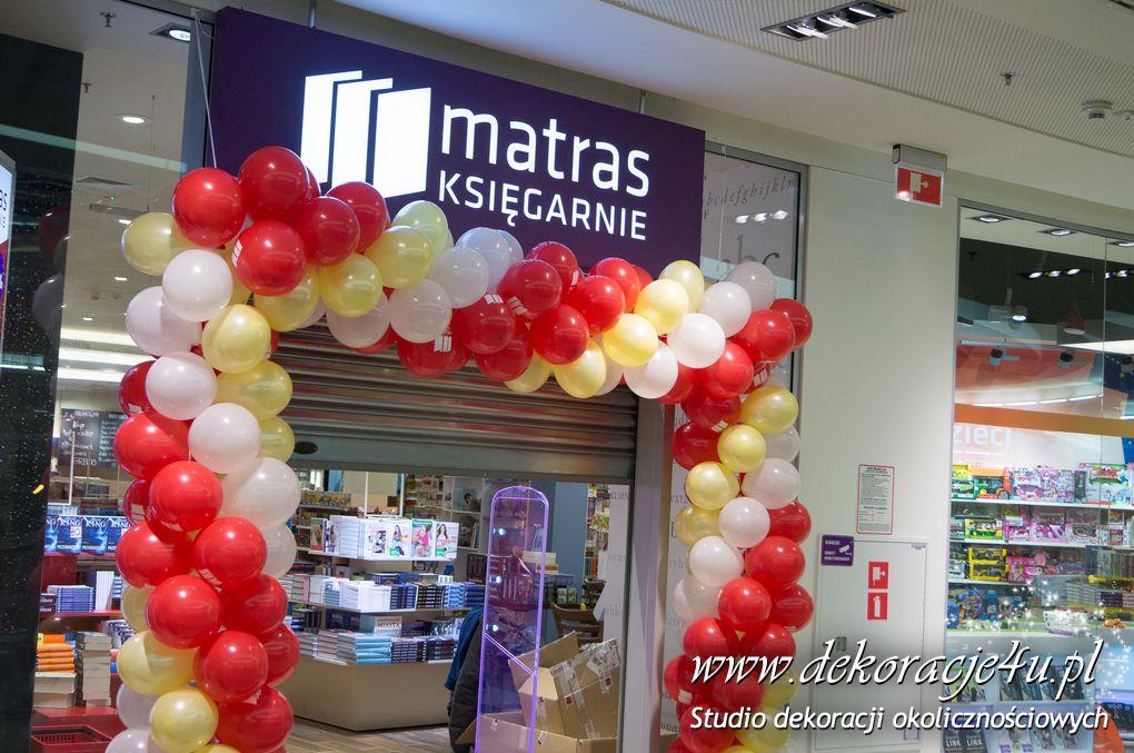 Dekoracja balonowa w Ksiegarni Matras Rzeszow Nowy Swiat