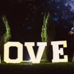 Wielki napis LOVE na wesela