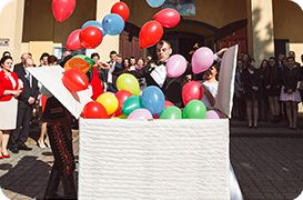 Oferta: Duże pudła niespodzianka z balonami helowymi